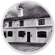 The Weavers Arms, Fillongley Round Beach Towel by John Edwards
