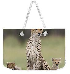 Cheetah Mother And Cubs Maasai Mara Weekender Tote Bag by Suzi Eszterhas