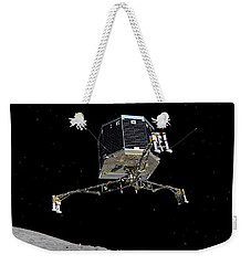 Weekender Tote Bag featuring the photograph Philae Lander Descending To Comet 67pc-g by Science Source