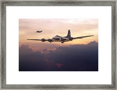 B17- Last Home Framed Print by Pat Speirs