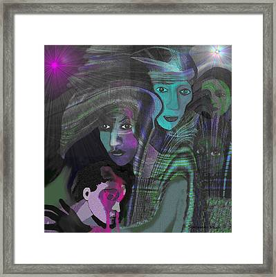 788 - Palestine Mother - Gaza Bombing In 2012 And 2014 Framed Print by Irmgard Schoendorf Welch