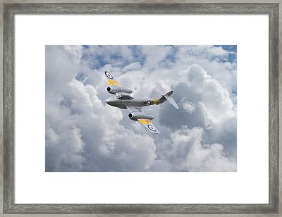 Raf Meteor - 1940s Cutting Edge Framed Print by Pat Speirs