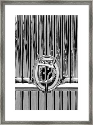 1932 Stutz Dv-32 Super Bearcat Emblem Framed Print by Jill Reger