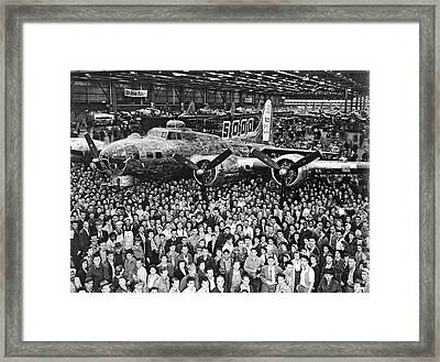 5,000th Boeing B-17 Built Framed Print by Underwood Archives
