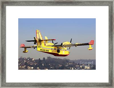 A Cl-415 Italian Fire Hunter Framed Print by Luca Nicolotti