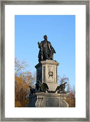 Abraham Lincoln Statue Philadelphia Framed Print by Bill Cannon