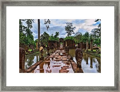 Banteay Srei Framed Print by Joerg Lingnau