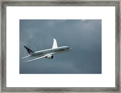 Boeing 787 Dreamliner Framed Print by Mark Williamson