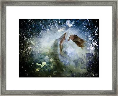 Breaking Free Framed Print by Gun Legler