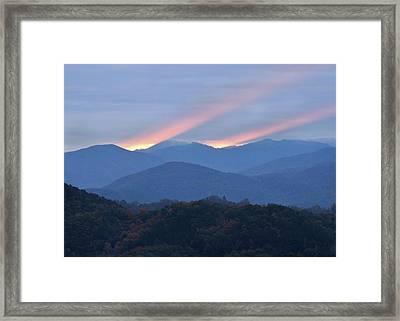 Dawn Of Gatlinburg Framed Print by Nian Chen
