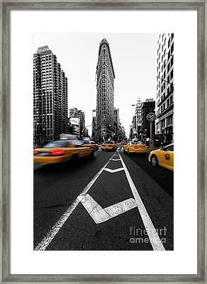 Flatiron Building Nyc Framed Print by John Farnan