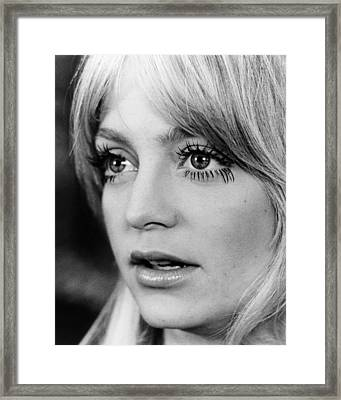 Goldie Hawn In Shampoo  Framed Print by Silver Screen