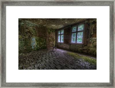In The Corner  Framed Print by Nathan Wright