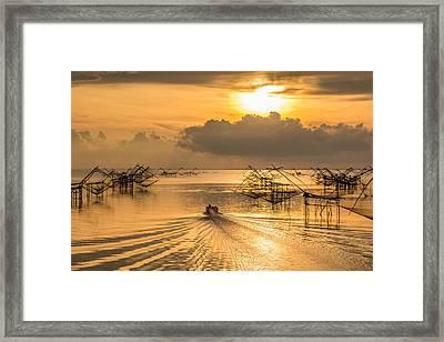 Life Asian Fisherman  Framed Print by Sihasak Prachum