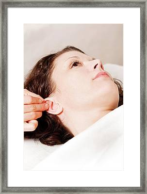 Nada Acupuncture Treatment Framed Print by Thomas Fredberg