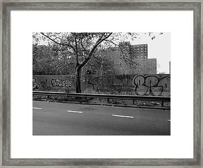 New York Street Photography 45 Framed Print by Frank Romeo