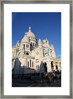 Outside The Basilica Of The Sacred Heart Of Paris - Sacre Coeur - Paris France - 01134 Framed Print by DC Photographer