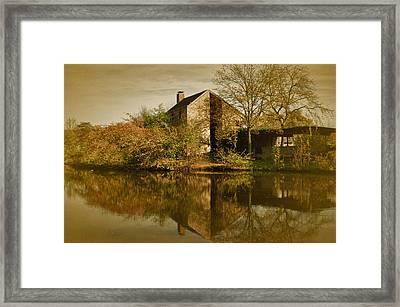 Postcard From Autumn Framed Print by Richard Cummings