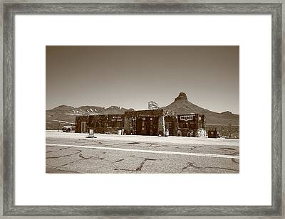 Route 66 - Cool Springs Camp Framed Print by Frank Romeo