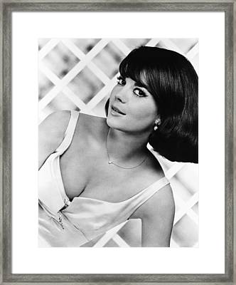 Sex And The Single Girl, Natalie Wood Framed Print by Everett