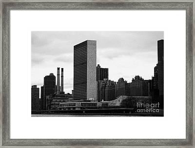 The United Nations Building Un New York Framed Print by Joe Fox