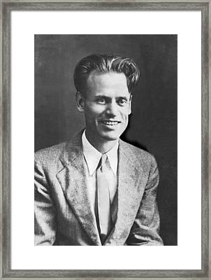 Tv Pioneer Philo Farnsworth Framed Print by Underwood Archives