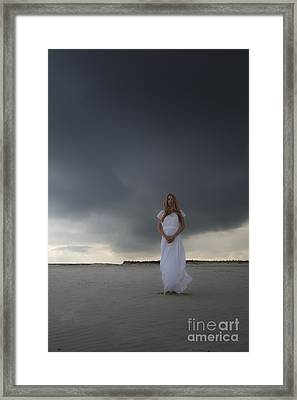 Waiting For The Storm Framed Print by Maria Heyens