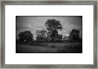 101514-170 Framed Print by Mike Davis