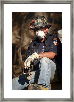 11 September Rescue Worker Framed Print by Us Navy/preston Keres