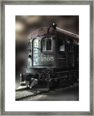 1565 Class B Irm Framed Print by Thomas Woolworth