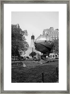 1w T C And The W T C Fountain Sphere In Black And White Framed Print by Rob Hans