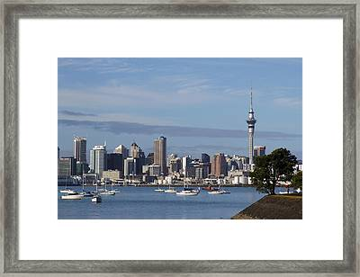 Auckland Framed Print by Les Cunliffe