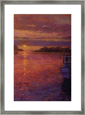 Daybreak Riverton Framed Print by Terry Perham