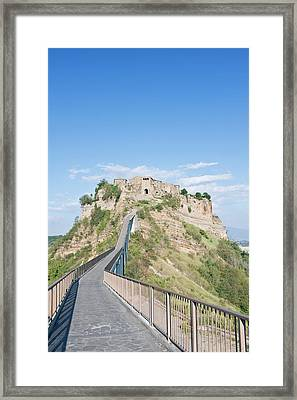 Europe, Italy, Umbria, Civita, Bridge Framed Print by Rob Tilley