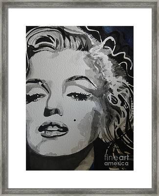Marilyn Monroe 01 Framed Print by Chrisann Ellis