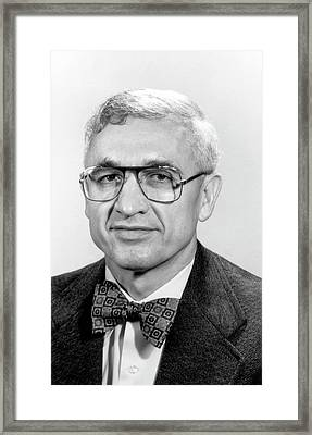 Nick Holonyak Framed Print by Department Of Physics, University Of Illinois At Urbana-champaign, Courtesy Aip Emilio Segre Visual Archives