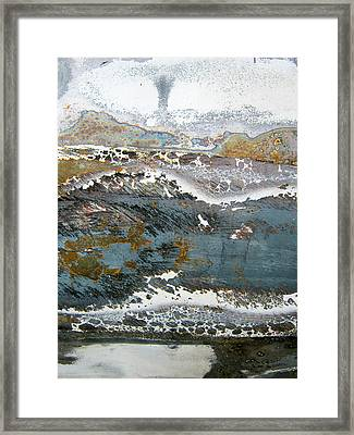 Rust Never Sleeps Framed Print by Les Cunliffe