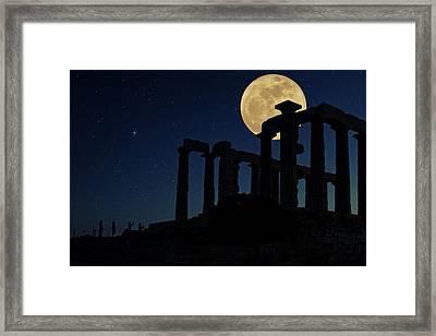 Temple Of Poseidon  Framed Print by Emmanuel Panagiotakis