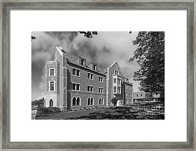 University Of Notre Dame Framed Print by University Icons