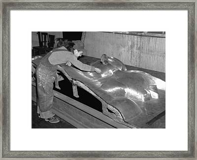 Isamu Noguchi With Sculpture Framed Print by Underwood Archives