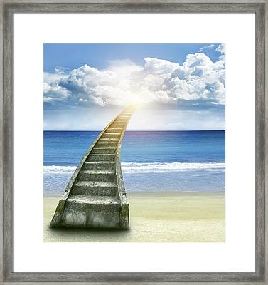 Stairway To Heaven Framed Print by Les Cunliffe
