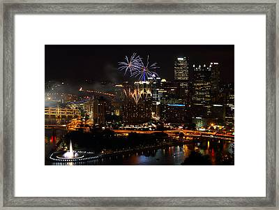 4th Of July Firworks In Pittsburgh Framed Print by Jetson Nguyen