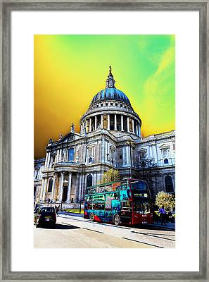 St Pauls Cathedral London Art Framed Print by David Pyatt