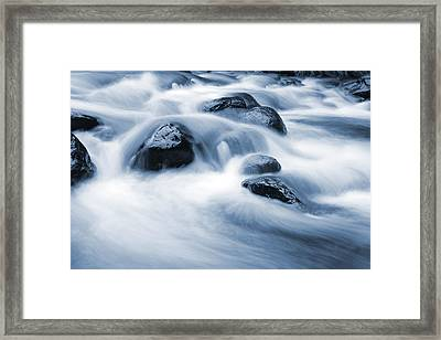 Stream Framed Print by Les Cunliffe