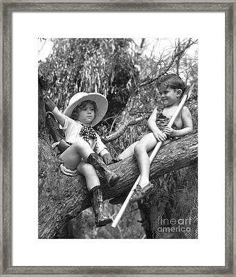 Shirley Temple And Gang Framed Print by MMG Archives