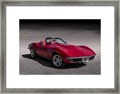 69 Red Stingray Framed Print by Douglas Pittman