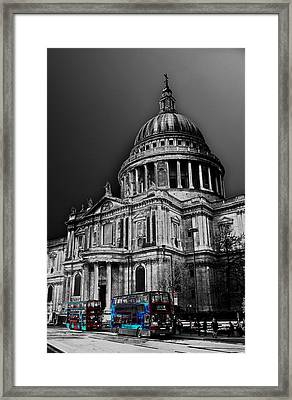 St Pauls Cathedral London Art Framed Print by David Pyatt