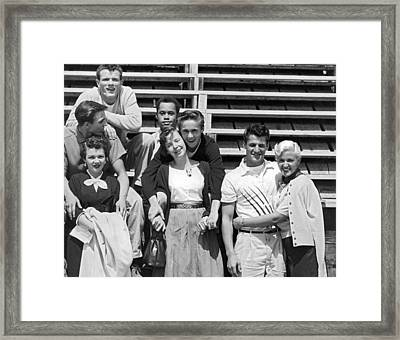 A Group Of 1950s Teens Framed Print by Bob Berg