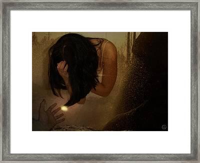 A Helping Hand  A Glint Of Light Framed Print by Gun Legler