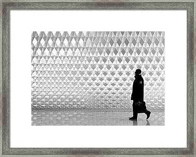 A Night At The Opera  Framed Print by Elaine Farrell
